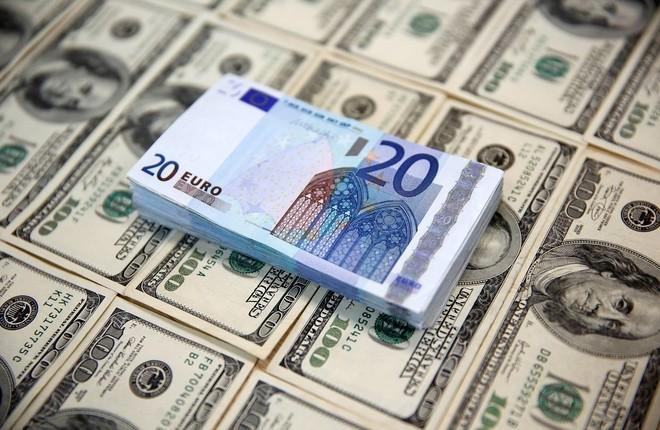 دولار يورو