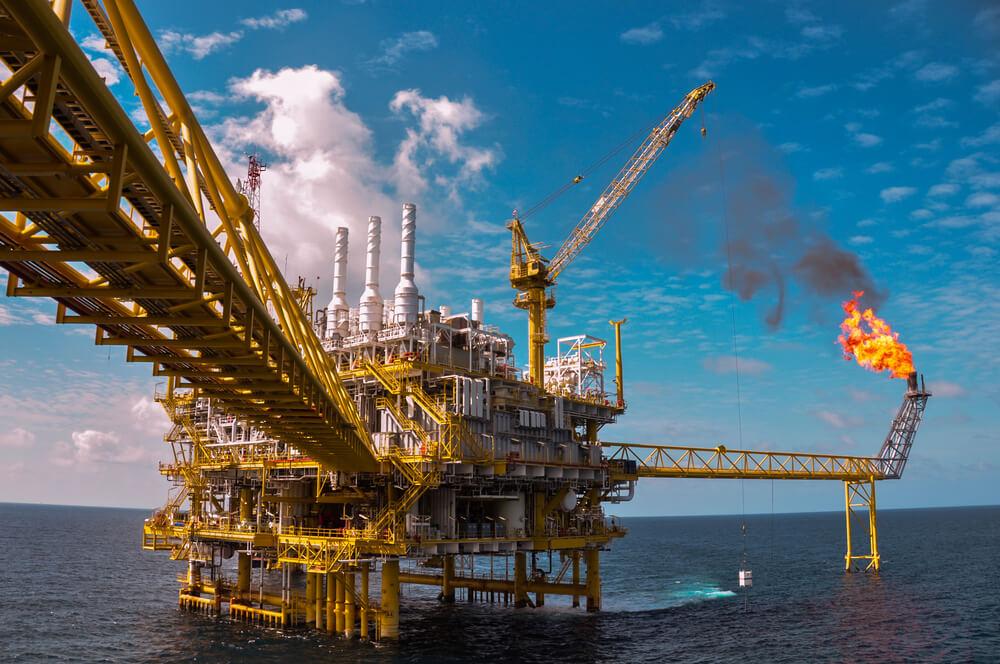 Saudi-Arabia-Disregards-Oil-Glut-Reopens-Dormant-Oil-Field