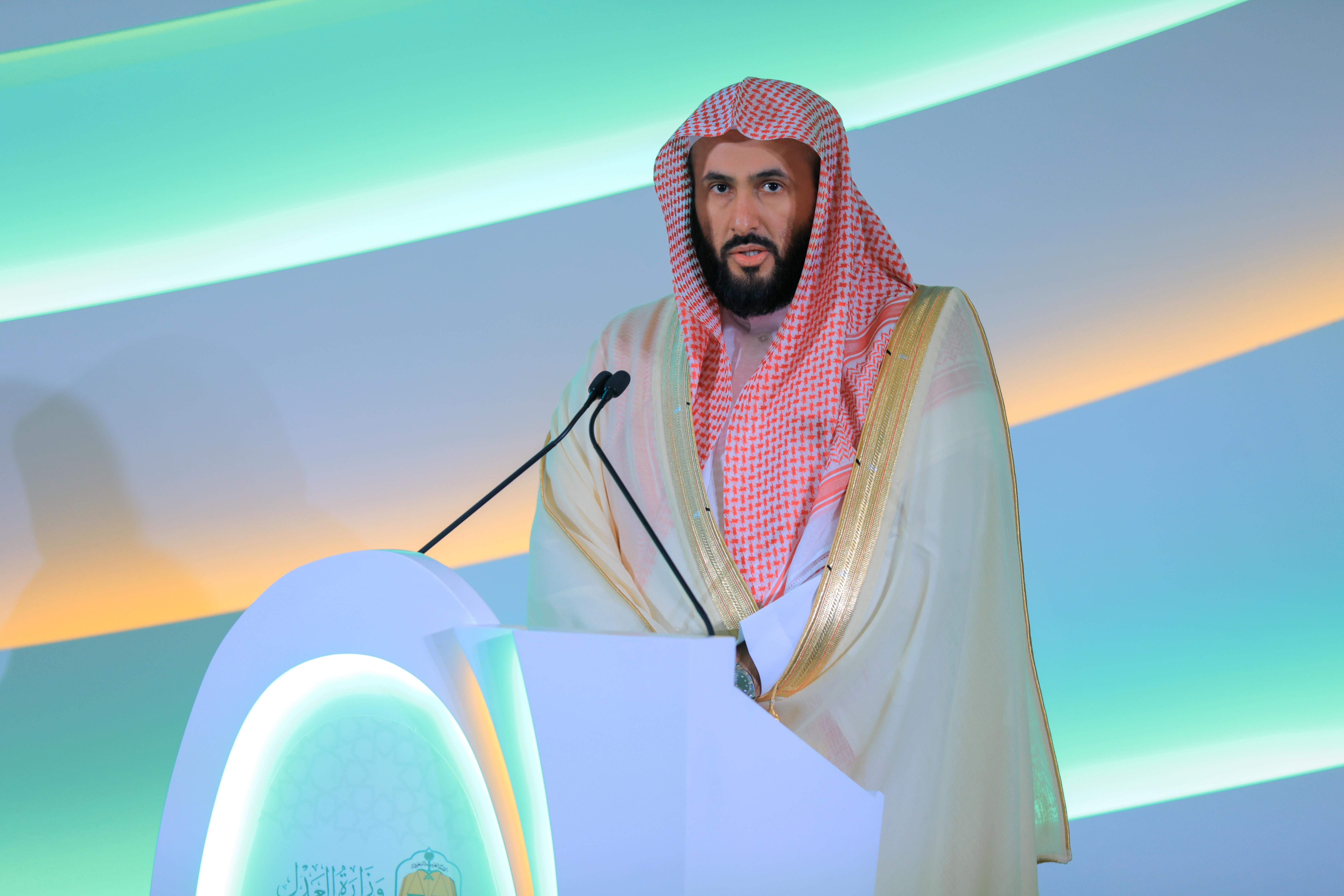 الدكتور وليد بن محمد الصمعاني خلال حفل إطلاق المحاكم التجارية العام الماضي