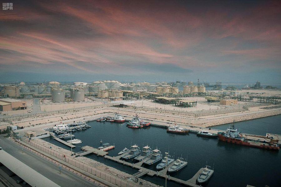 ميناء الملك فهد بالجبيل
