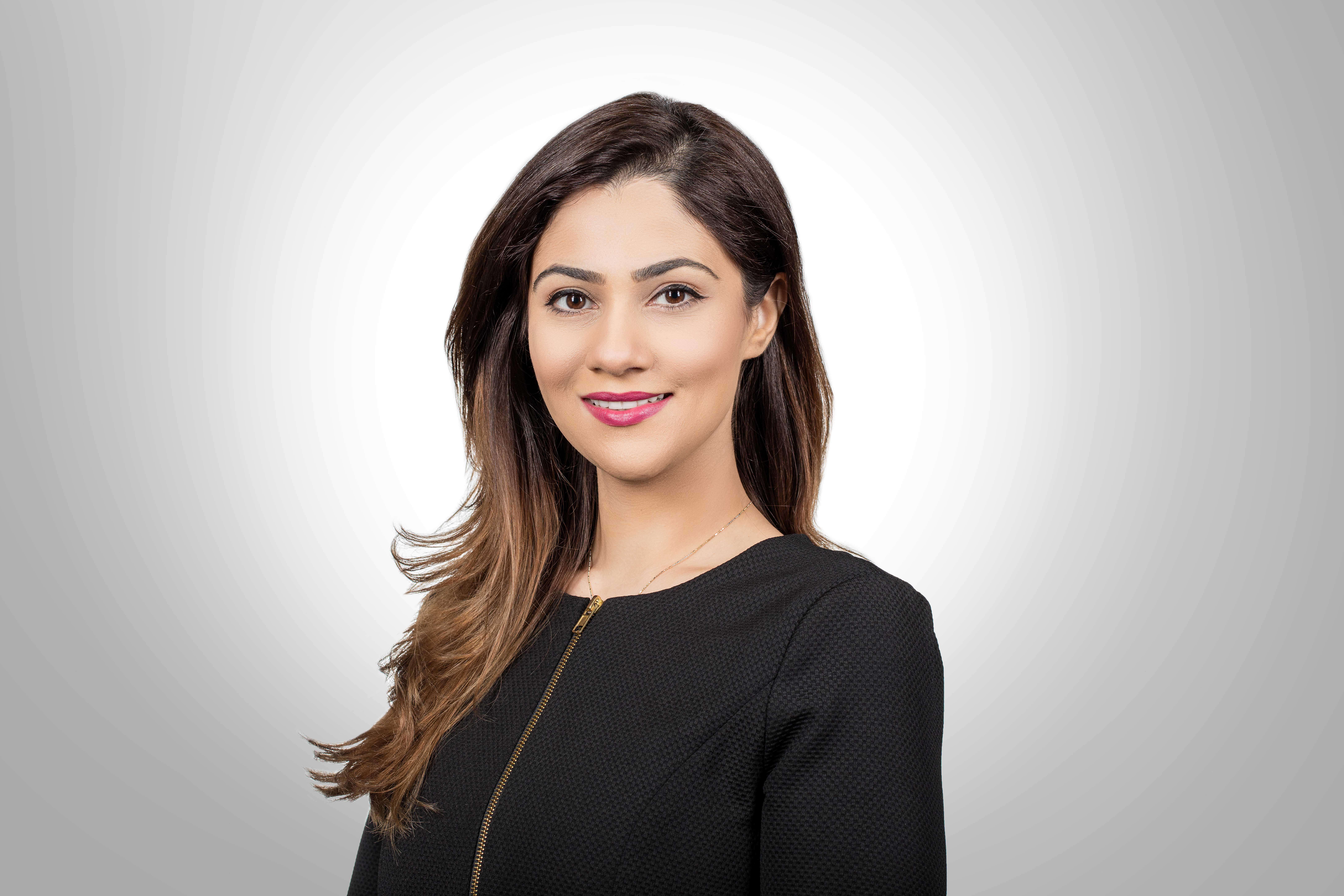 دلال بوحجي، مدير أول الخدمات المالية في مجلس التنمية الاقتصادية في البحرين