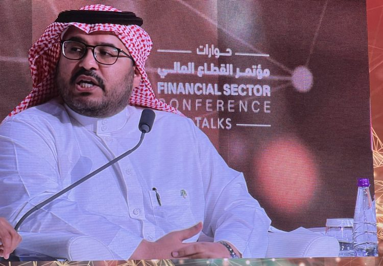 فهد العجلان رئيس مركز الملك عبد الله للدراسات والبحوث البترولية